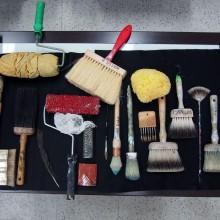 デコラティブペイントに用いる多種多様な道具