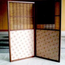 平成23年度GDぐんま選定作品『木のほぐし織りと竹格子の2双屏風』