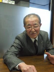 設計・開発について説明する松木さん